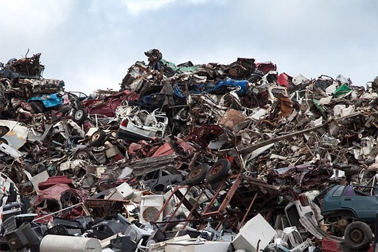 scrap metal rubbish tip